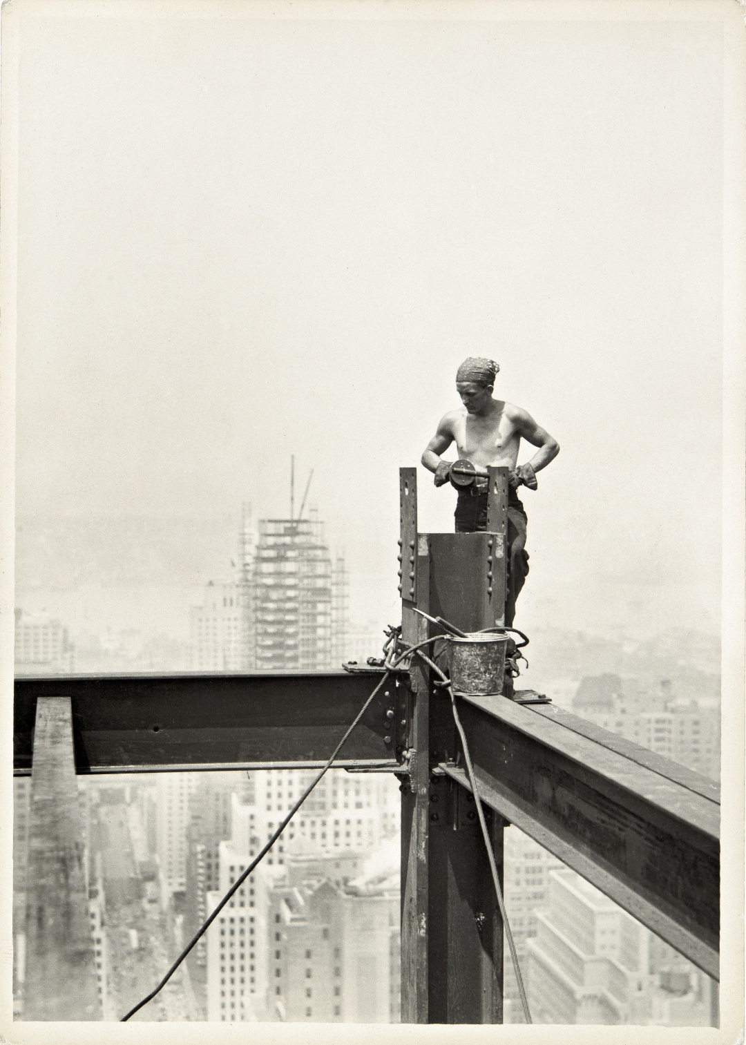 © Lewis Hine: On The Hoist, Empire State Building, 1931